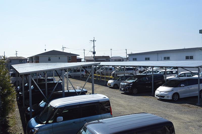 M社駐車場